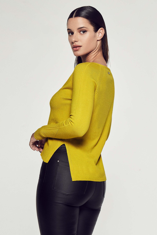 markova_sweater-murrieta_53-24-2020__picture-30177