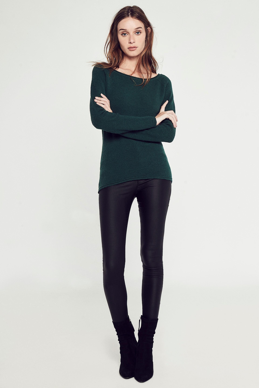 markova_sweater-nastase_53-24-2020__picture-30200