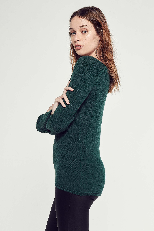 markova_sweater-nastase_53-24-2020__picture-30201